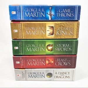 Game of Thrones Compete Set - Books 1 to 5 - George R R Martin Paperback Lot EUC